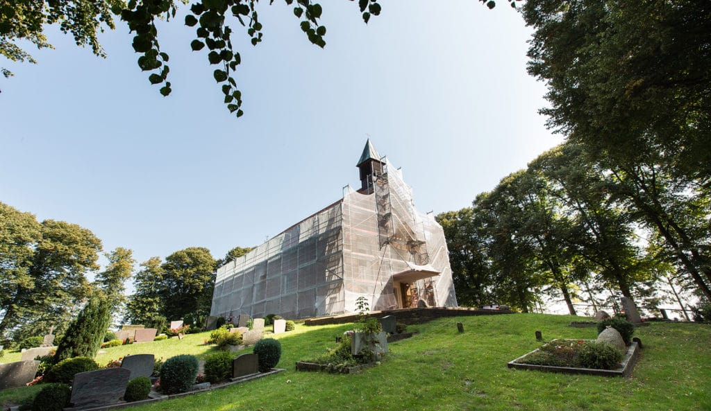 Gerüstbau für die St. Dionysius Kirche in Holle